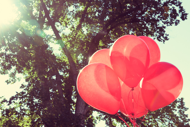 JRaymond_ Large_Wallpaper_Balloons18.jpg